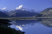 Lake Pukaki mit Mount Cook